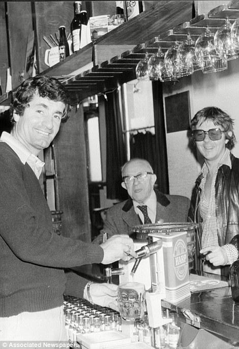 Frank McLintock Pub Sutton Arms
